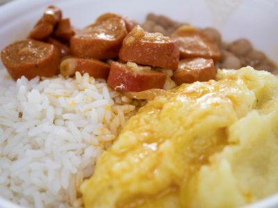 refeição mesa2